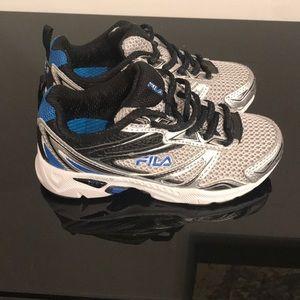 a12e4b3f7ab7 Fila Shoes - NEW FILA USA ROYALTY SNEAKER